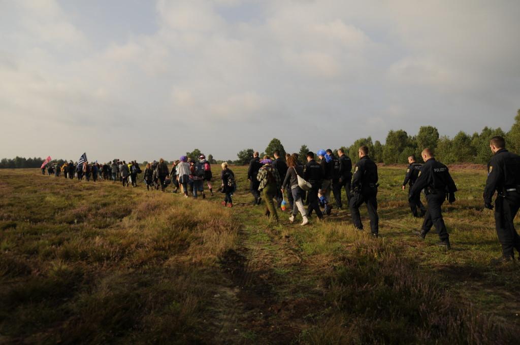 Weg zur Besetzung (23.8.2014), Foto: Jens Volle / Gewaltfreie Aktion GÜZ abschaffen